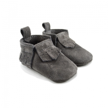 mally mocs baby moccasins with fringe - lux suede