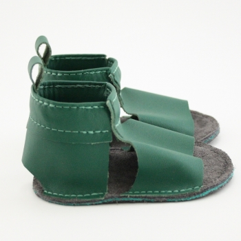 evergreen mally mocs sandals with no fringe
